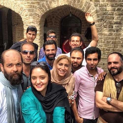 عکس سلفی جدید نرگس محمدی و همکارانش
