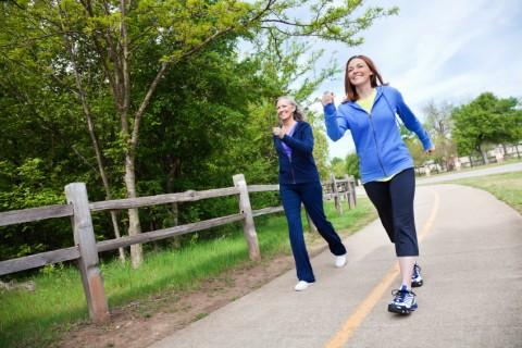فواید ۱۵ دقیقه قدم زدن بعد از شام!