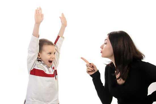 والدین ناتنی این اشتباه های بزرگ را انجام ندهید !