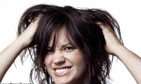 چگونه از چرب شدن موها پیشگیری کنیم؟