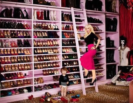 کلکسیون جذاب از کفش و لباس بازیگران