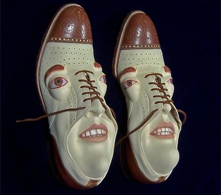 کفش هایی جالب با چهره انسانی / عکس