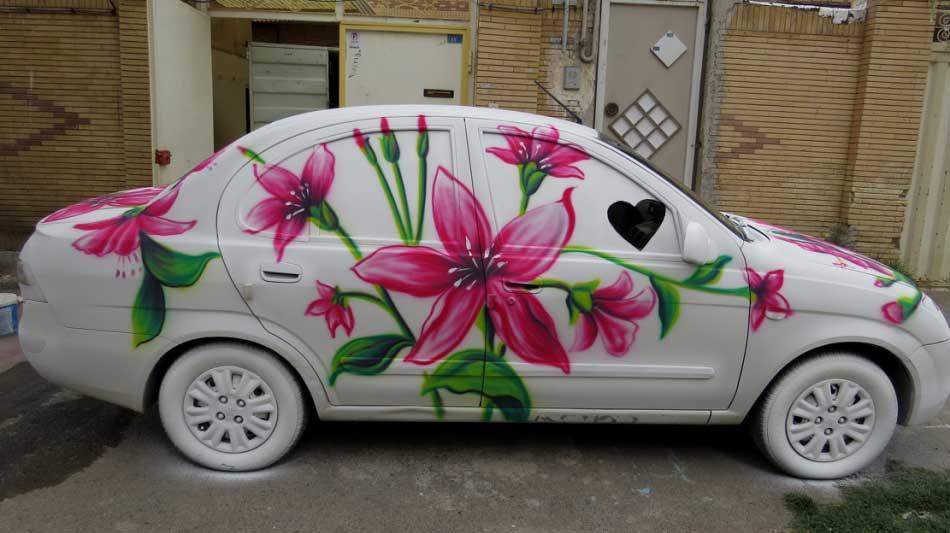 نقاشی جالب و دیدنی روی ماشین عروس! / عکس