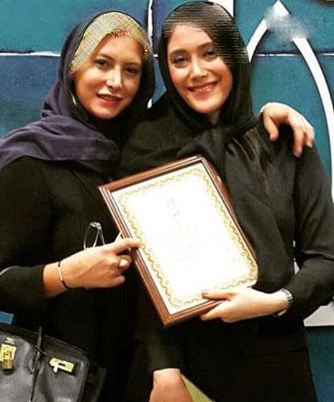 عکس جدید فریبا نادری و خواهرش