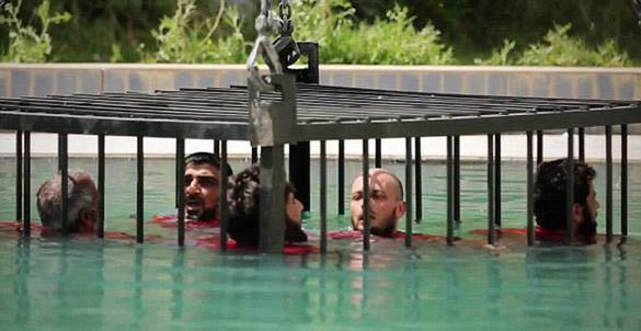 روشهای نوین داعش برای اعدام / عکس
