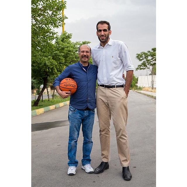 عکس / محمد بحرانی صدا پیشه جناب خان در کنار حامد حدادی