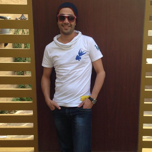 عکس از تیپ جدید و متفاوت حسین مهری