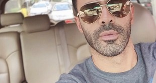 سلفی سیروان خسروی در ترافیک تهران / عکس