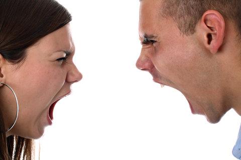 کنترل و برخورد با همسر عصبی