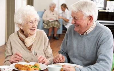 معرفی غذاهای کم حجم و سالم برای سالمندان