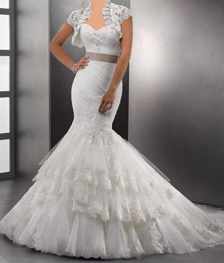 مدل لباس عروس دکلته برند Midgley