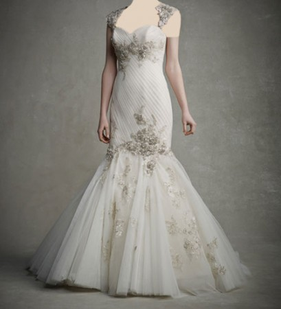 مدل لباس عروس زیبا با پارچه گیپور