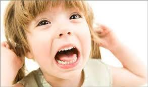 چگونه کودکان بدخلق را آرام کنیم؟