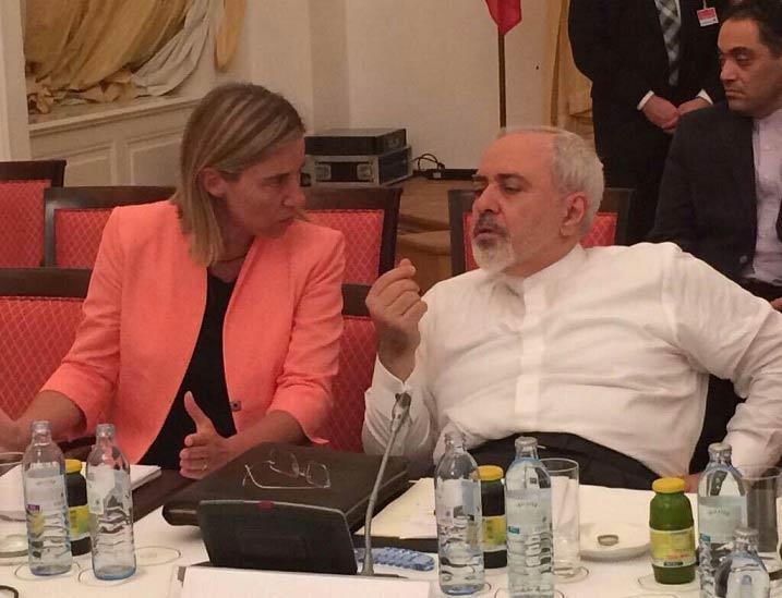 لحظه فریاد آقای ظریف بر سر موگرینی! + عکس