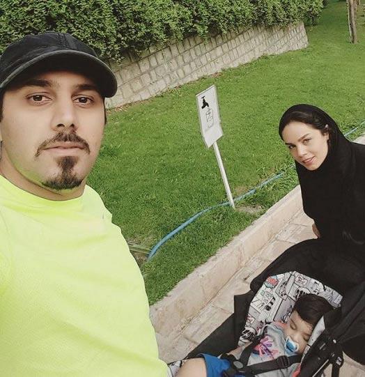عکس جدید احسان خواجه امیری در کنار همسر و فرزندش