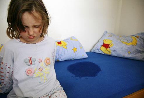 کمک به کودکان دارای شب ادراری با این روش ها...