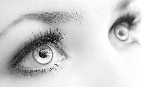 راههایی ساده برای داشتن چشم های زیبا