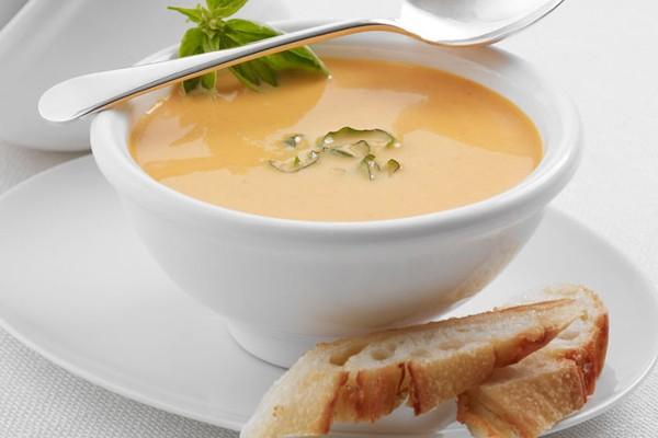 دستور تهیه سوپ پنیر و سبزیجات