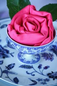 تزیین دستمال سفره مدل گل رز + تصویر