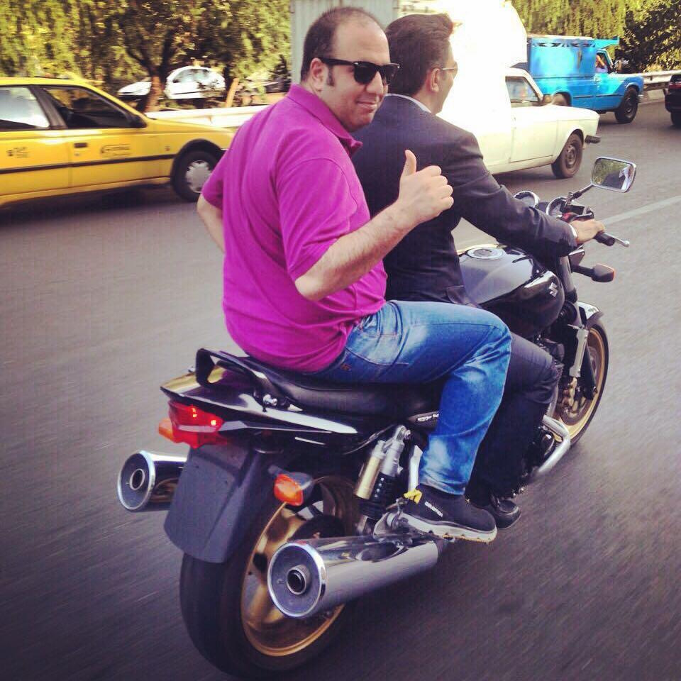 موتور سوارى علی اوجی در تهران / عکس