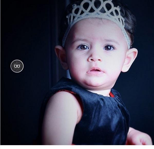 نگاه دختر محسن یگانه / عکس