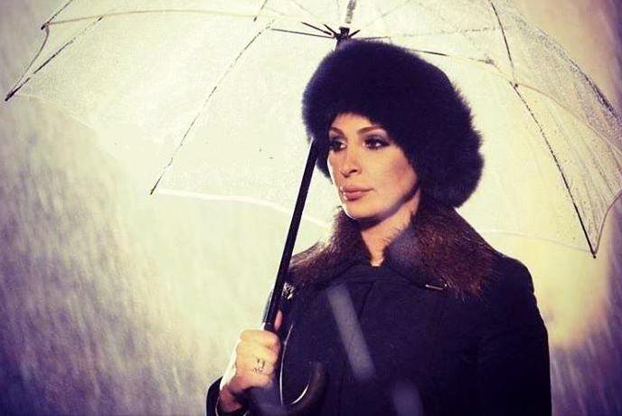شکایت خواننده زن مشهور از پویا بیاتی!+ عکس