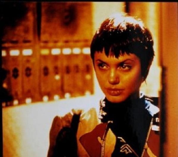 سیر تحول چهره آنجلینا جولی / عکس