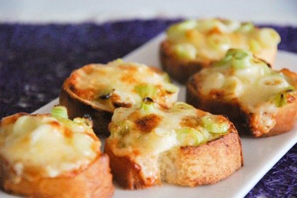 دستورتهیه نان با طعم سبزیجات و ماهی