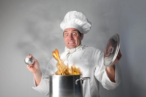 اشتباهات رایج آشپزی + راه حل آنها