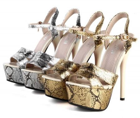 کفش پاشنه لژدار بسیار شیک و زیبا
