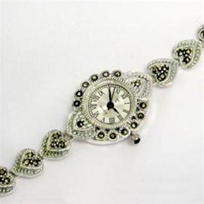 مدل ساعت بسیار جذاب نقره زنانه