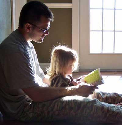 جدی گرفتن نقش پدر در تربیت فرزندان