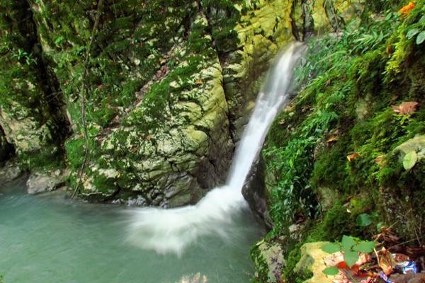 تصاویری از آبشار کوه سر مازندران