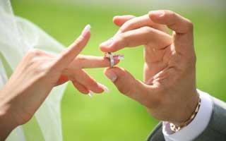 چه عواملی در انتخاب همسر موثر است؟