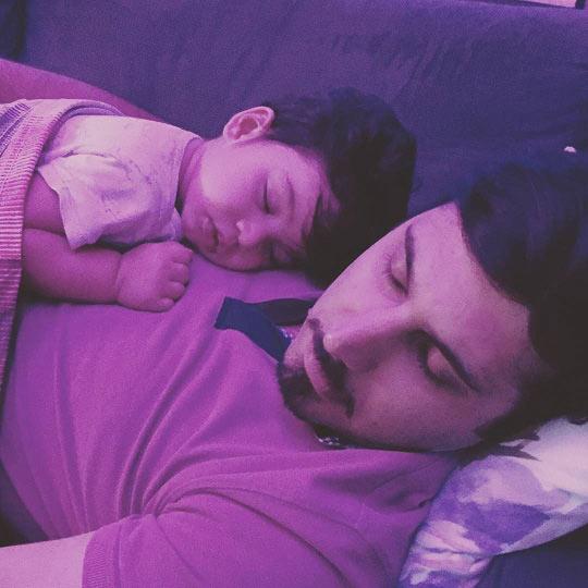 احسان خواجه امیری و پسرش در خواب! + عکس