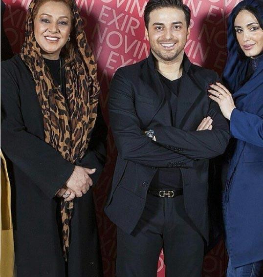 عکس بابک جهانبخش و همسرش درکنار خانم بازیگر