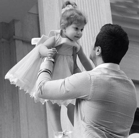 عکس جالب شاهرخ استخری و دخترش پناه