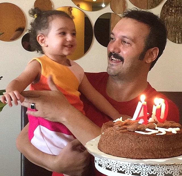 عکس جدید کامبیز دیرباز در جشن تولدش دخترش
