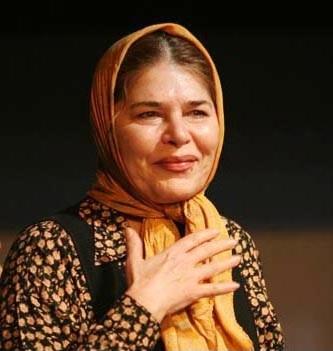 مراسم خاکسپاری زنده یاد هما روستا در ایران