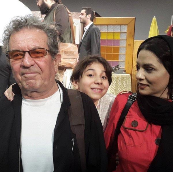 عکس داریوش مهرجویی در کنار همسر و دخترش