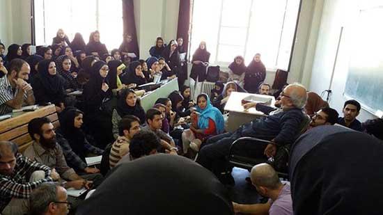 کلاسی عجیب در دانشگاه تهران! + عکس