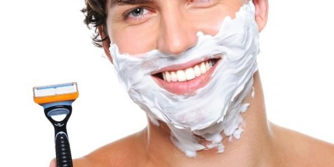 اصلاح صورت با تیغ یا ریش تراش؟