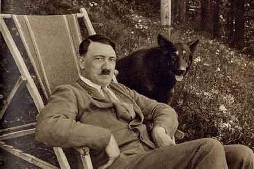 مدارکی دال بر زنده بودن هیتلر بعد جنگ جهانی دوم