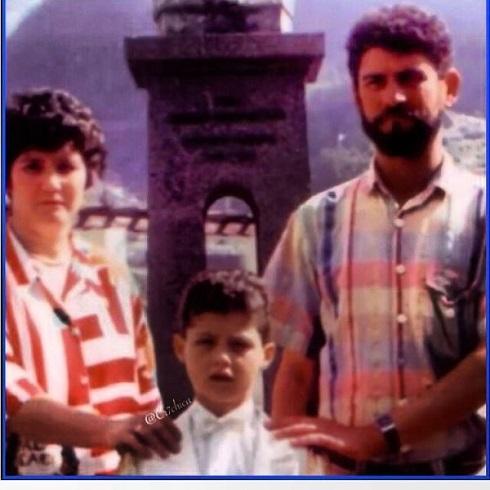 کریستیانو رونالدو در کنار پدرش / عکس