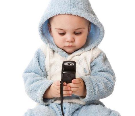 از چه سنی برای فرزندان تلفن همراه بگیریم؟