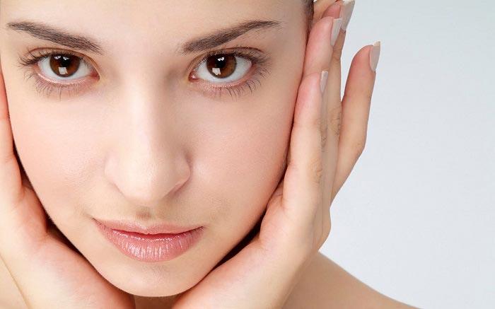 ۹ ماده غذایی برای درخشندگی پوست شما
