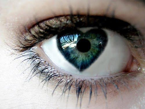 چرا عشق و عاشقی چشم هایتان را کور می کند؟
