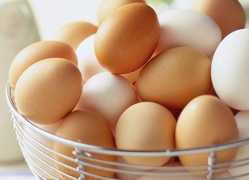تخم مرغ محلی نخورید!