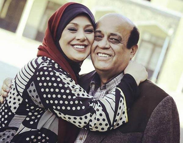 نسرین مقانلو در آغوش پدرش / عکس