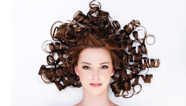 دلایل ریزش مو در خانم ها